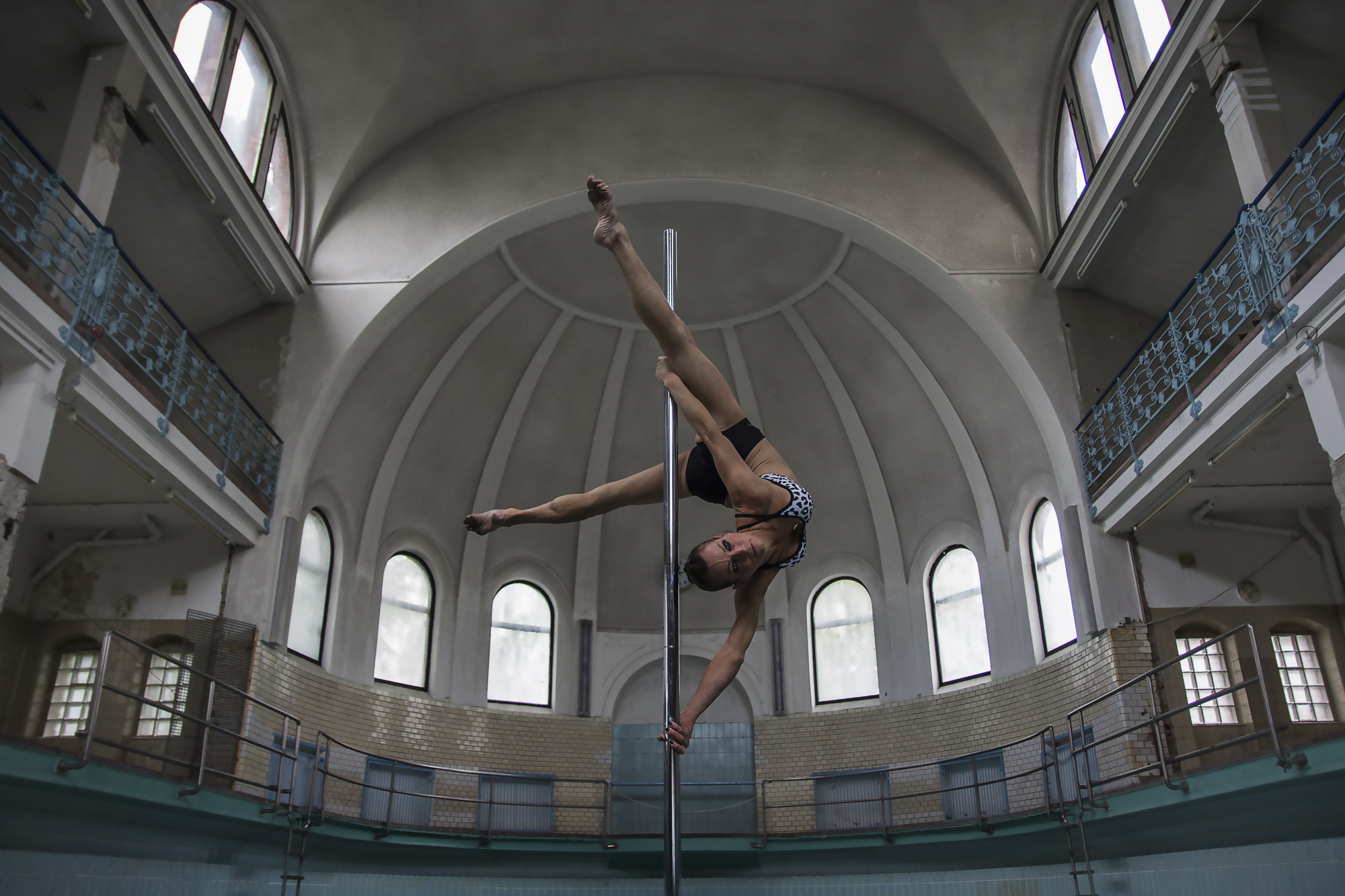 Yvonne Haug Pole Dance